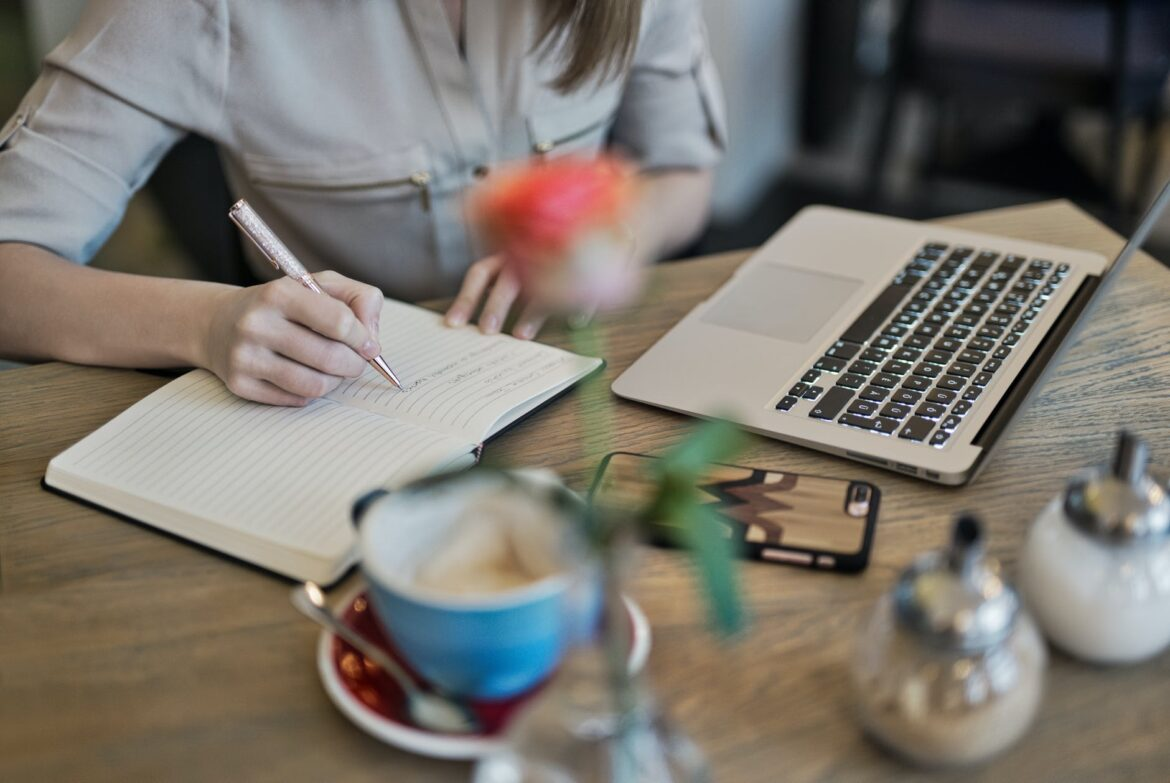 THE BASICS OF SEO FOR BUSINESS BLOGGERS