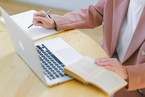 Here's why Outsourcing Your Bookkeeping must Remote Accounting Services may be a Master-Stroke