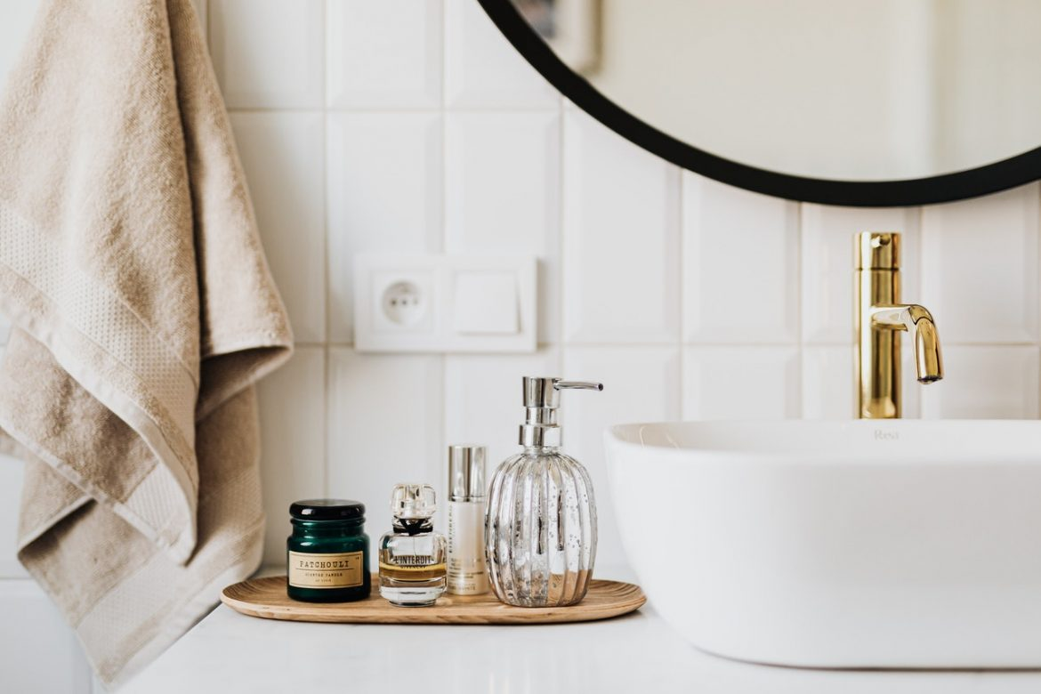 Enlist Best Moving Companies for Smooth Bathroom Items Shifting