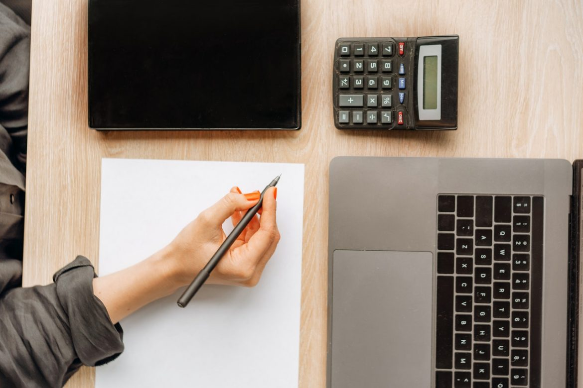 4 Ways a Bookkeeping Association Helps Your Business Grow